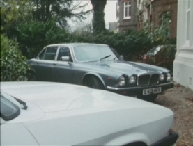 Ford Capri Mark III - in #8.1 'The Loneliness Of The Long Distance Entrepreneur'