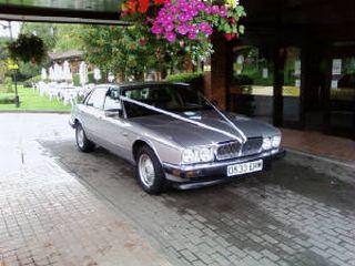 Series 7: Jaguar XJ6 - D533 ERW