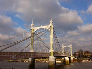 Albert Bridge in 'Bring Me The Head Of Arthur Daley'