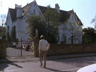 Fenton's House in 'The Bounty Hunter'