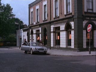 The Bricklayers Arms in 'Monday Night Fever'