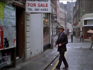 Arthur looks for some property for Jack in 'Back In Good Old England'