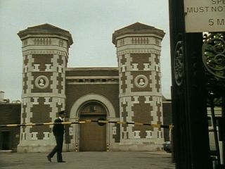Toby leaves prison in 'Gone With The Winchester'