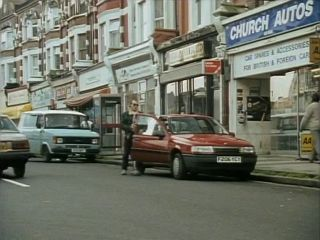 Repossessing the Vauxhall Cavalier in 'Cars And Pints And Pains'